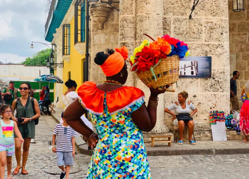 street vibe in Cuba